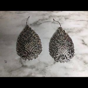 Drop earrings ✨🥰